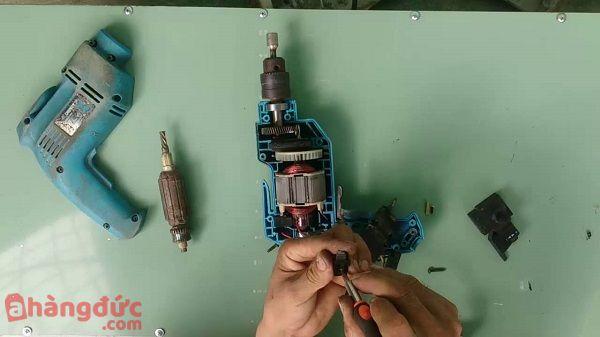 A Hàng Đức cung cấp dịch vụ sửa chữa máy khoan nhanh, chất lượng