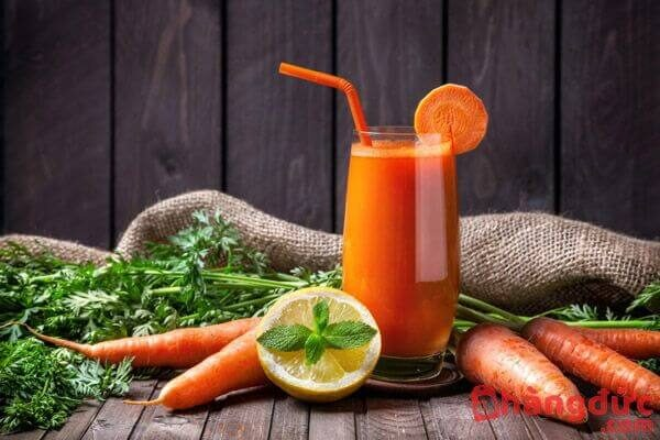 Cách làm nước ép cà rốt