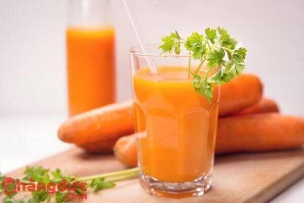 Nước ép cà rốt cần tây