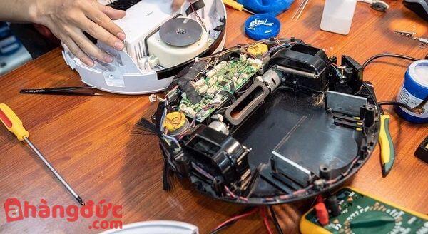 Sửa robot hút bụi Ecovacs tại nhà uy tín