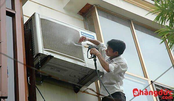 Nên vệ sinh dàn tản nhiệt để tránh gặp phải lỗi f95